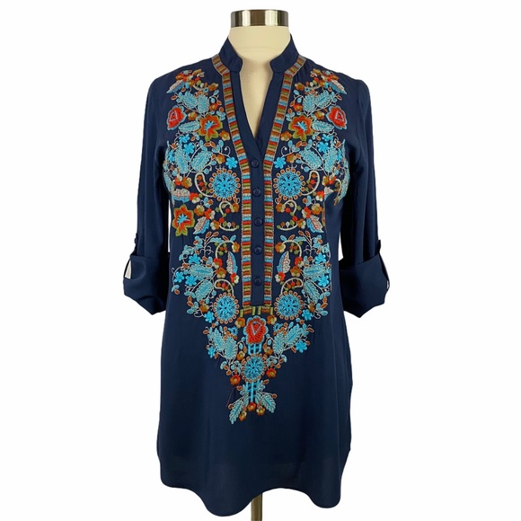 Solitaire Embroidered Tunic Top S